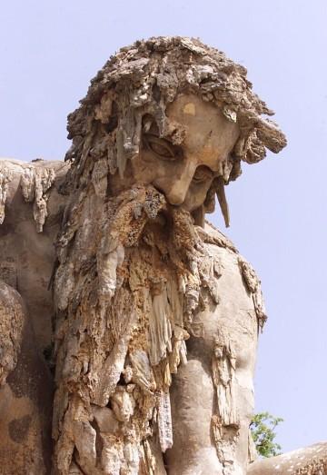 scultura-gigante-giambologna-colosso-appennino-firenze-villa-demidoff-05-700x1018