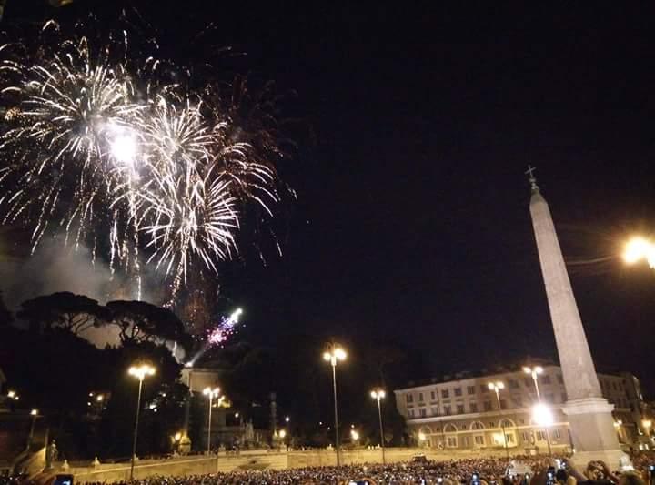 girandola-Fuochi artificio in piazza del Popolo